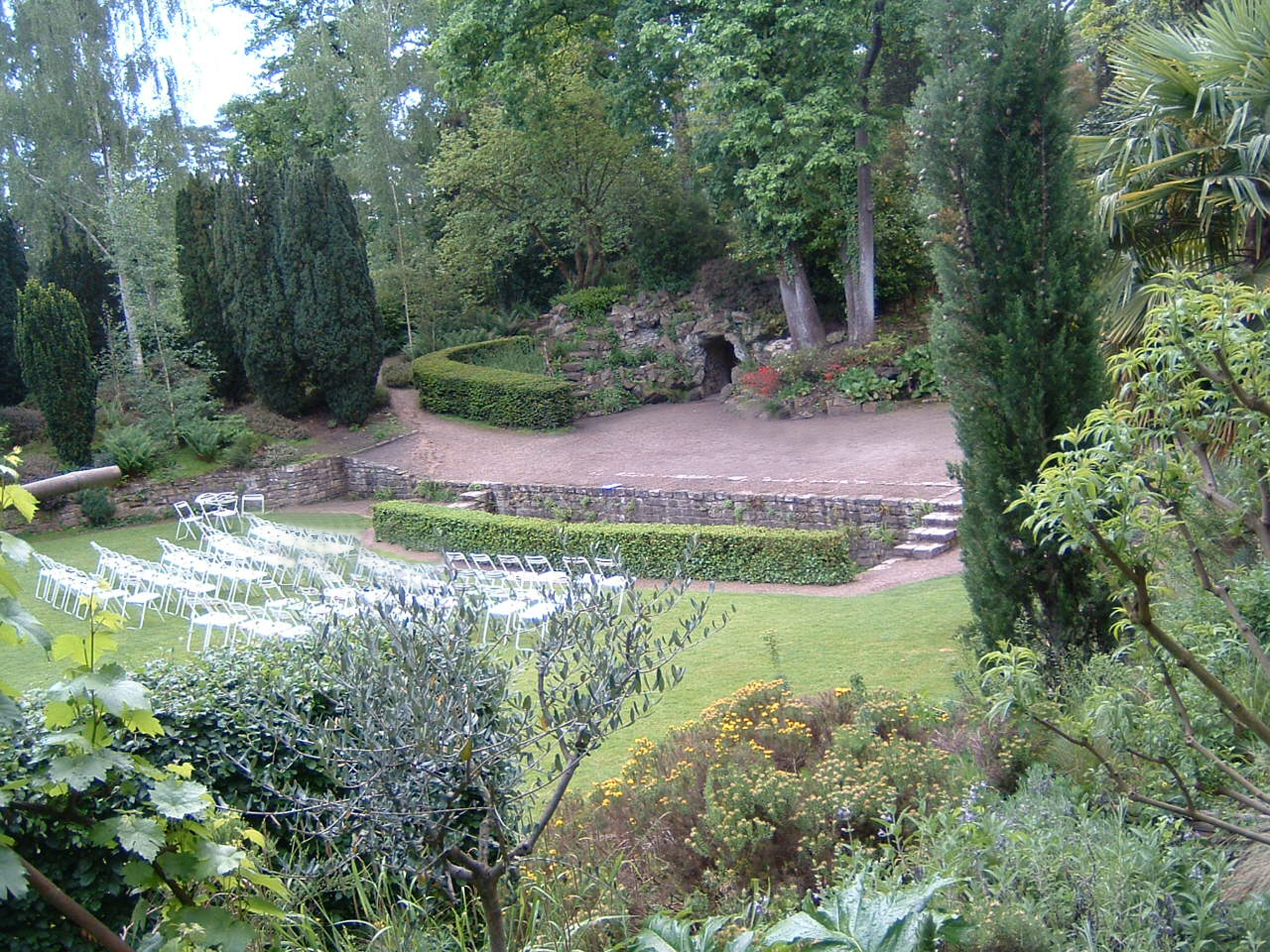 Spectacles en plein air direction le jardin du pr - Theatre de verdure du jardin shakespeare pre catelan ...