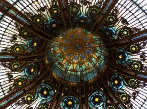 photo: coupole des galeries lafayette paris