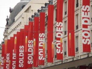 image: soldes  paris été 2010