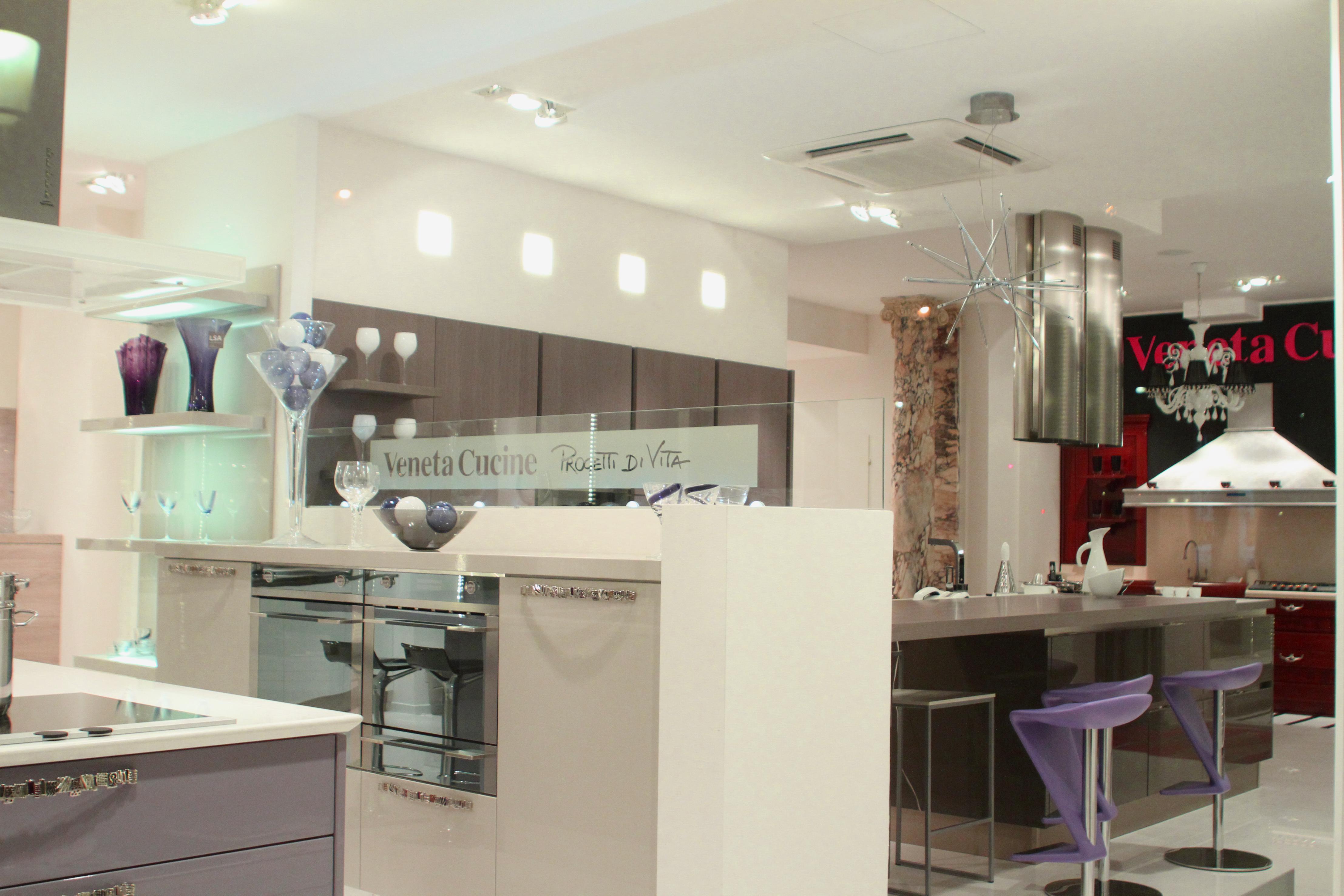 cuisine italienne pour cuisini re parisienne parisienne paris choses vues paris. Black Bedroom Furniture Sets. Home Design Ideas
