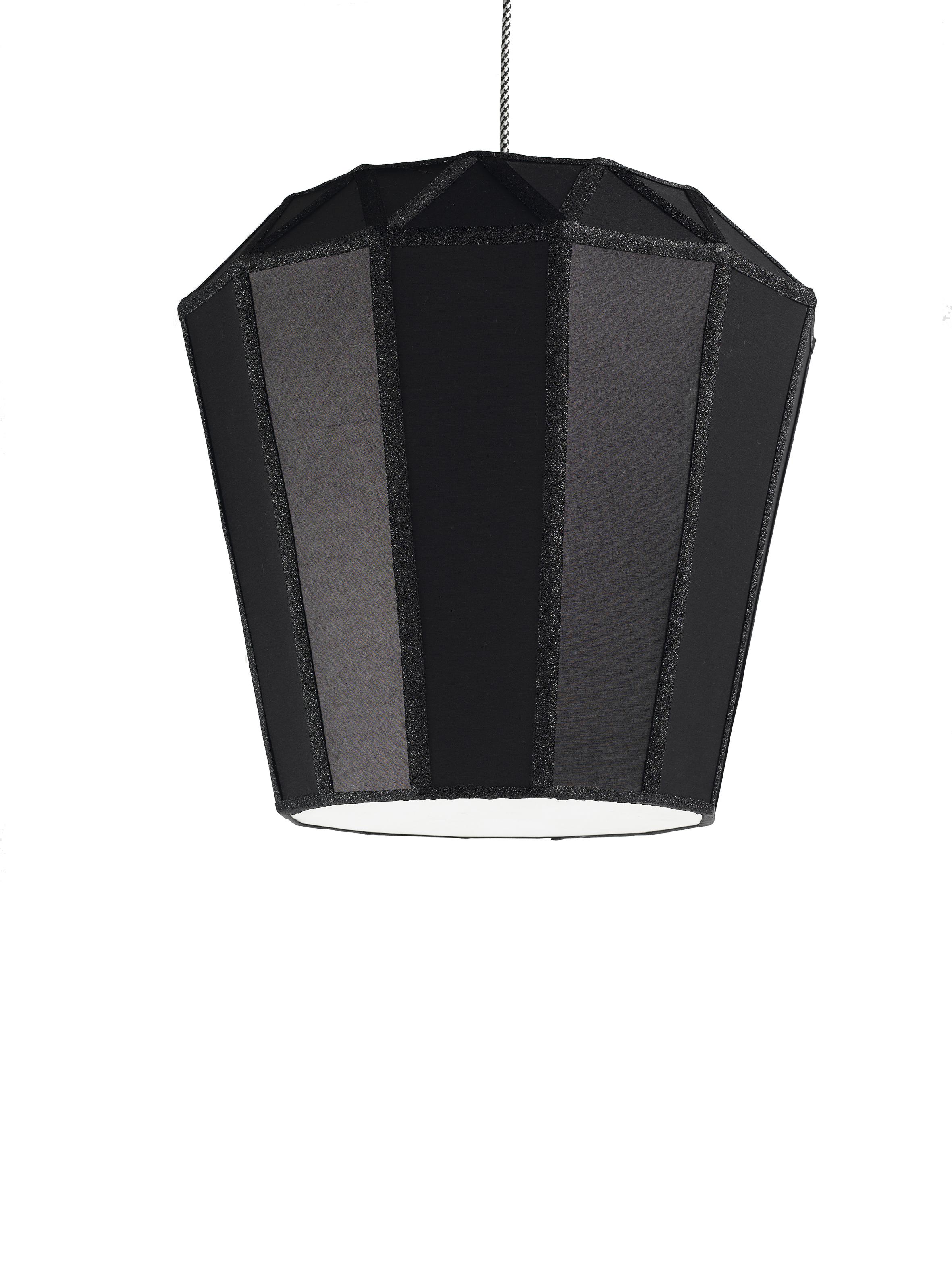 mat jewski apr s les plumes le cristal et le diamant parisienne paris choses vues paris. Black Bedroom Furniture Sets. Home Design Ideas