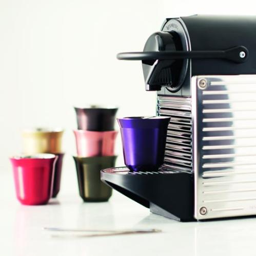 Machine Nespresso PIXIE Steel - Ambiance 3