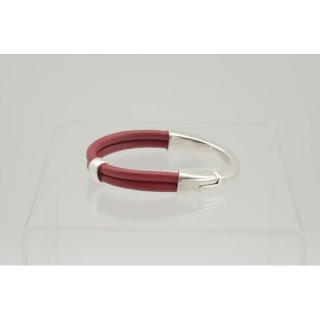bracelet-en-cuir-rouge-
